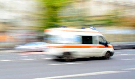 Réserver une ambulance pour le transport d'une personne allongée pour un rendez-vous médical à Rochegude